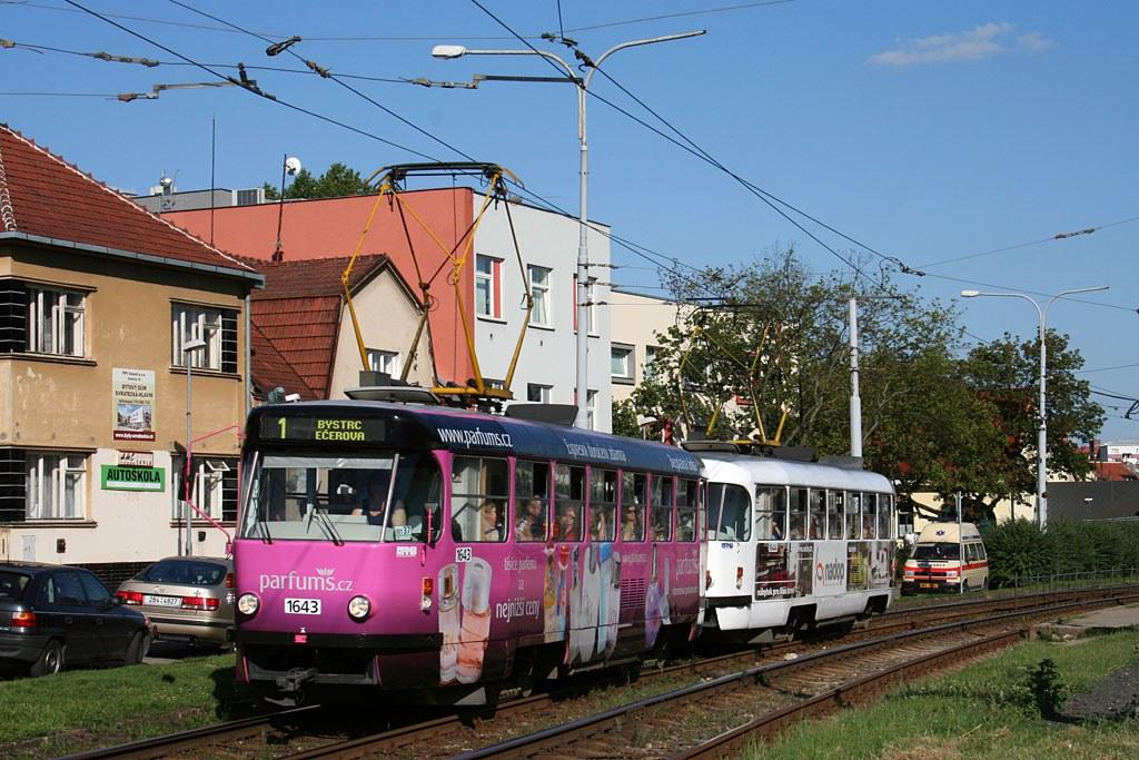 Fotogalerie » ČKD Tatra T3G 1643   ČKD Tatra T3G 1644   Brno   Komín   Kníničská