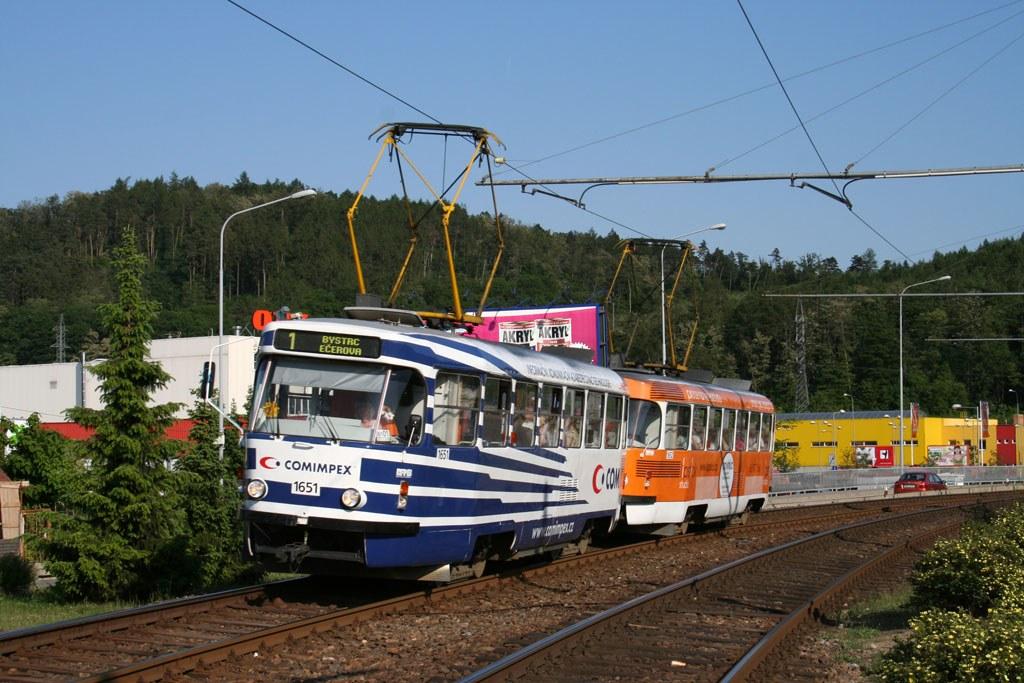 Fotogalerie » ČKD Tatra T3G 1651 | ČKD Tatra T3G 1652 | Brno | Komín | Kníničská