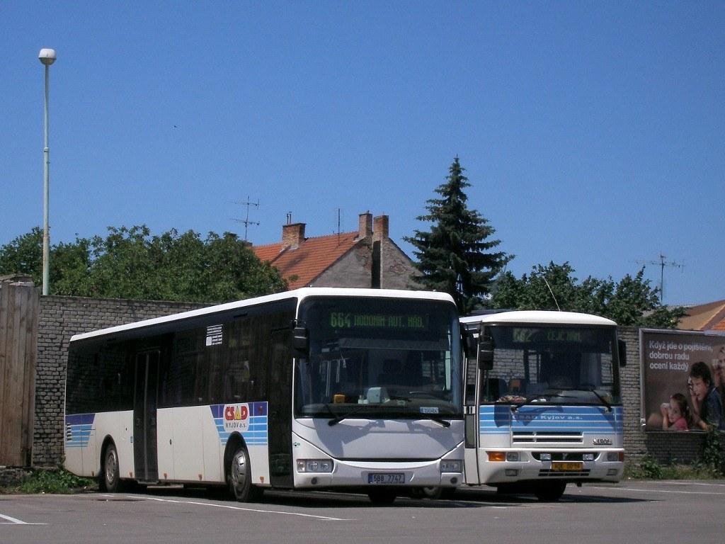 Fotogalerie » Irisbus Crossway LE 12.8M 5B8 7747 | Karosa C934E.1351 HOK 00-86 | Kyjov | Kyjov, aut. st.