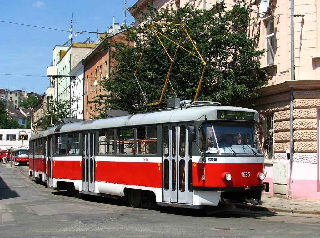Fotogalerie » ČKD Tatra T3G 1635 | ČKD Tatra T3G 1636 | Brno | Husovice | Mostecká | Mostecká