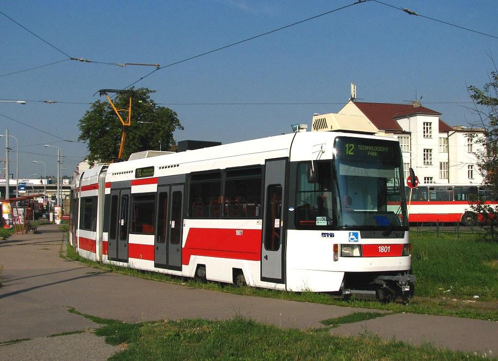 Fotogalerie » ČKD DS RT6N1 1801 | Brno | Trnitá | Zvonařka | Zvonařka, smyčka