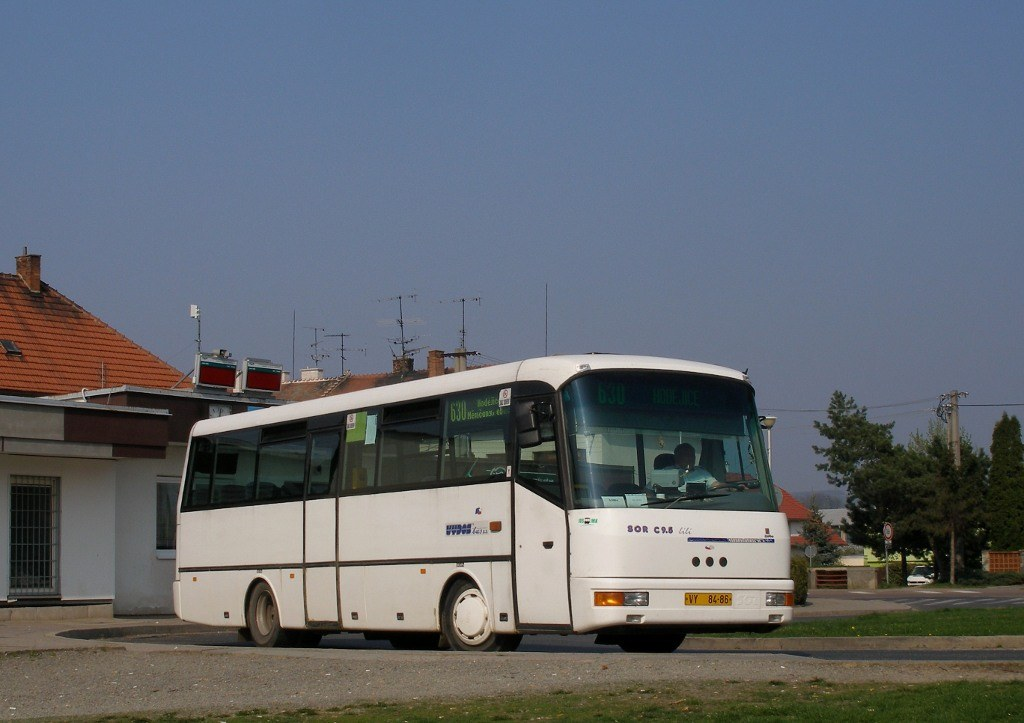 Fotogalerie » SOR SOR C 9.5 VY 84-86 | Slavkov u Brna | Slavkov u Brna, aut. st.