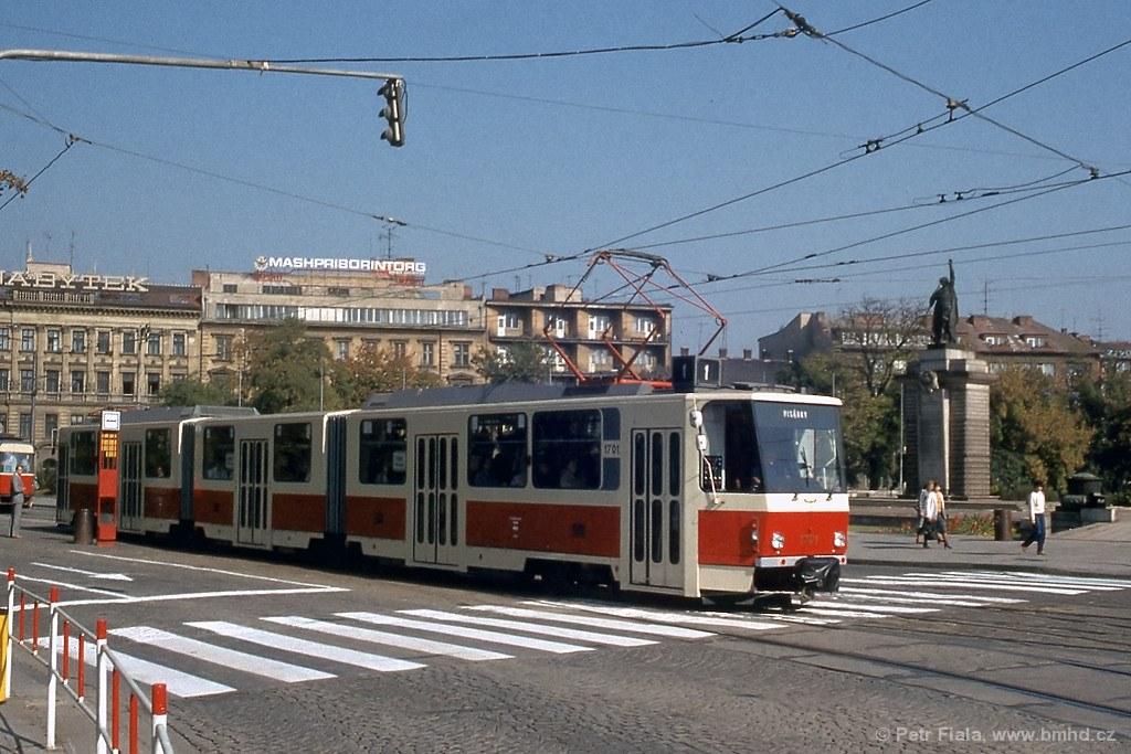 Fotogalerie » ČKD Tatra KT8D5 1701 | Brno | střed | Moravské náměstí | Moravské náměstí