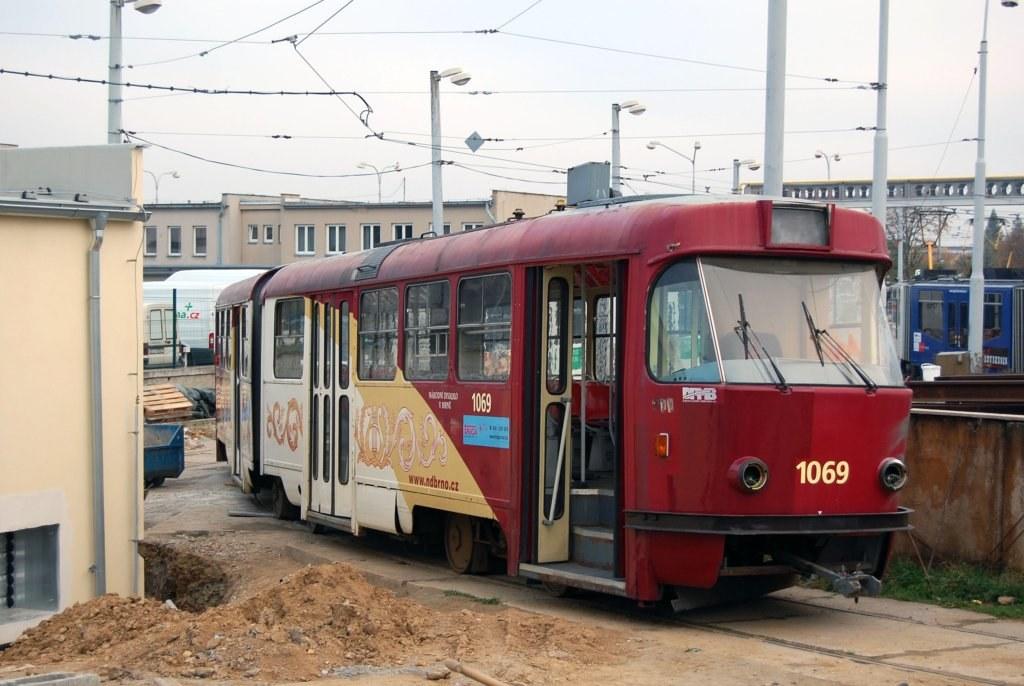 Fotogalerie » ČKD Tatra K2 1069 | Brno | vozovna Medlánky