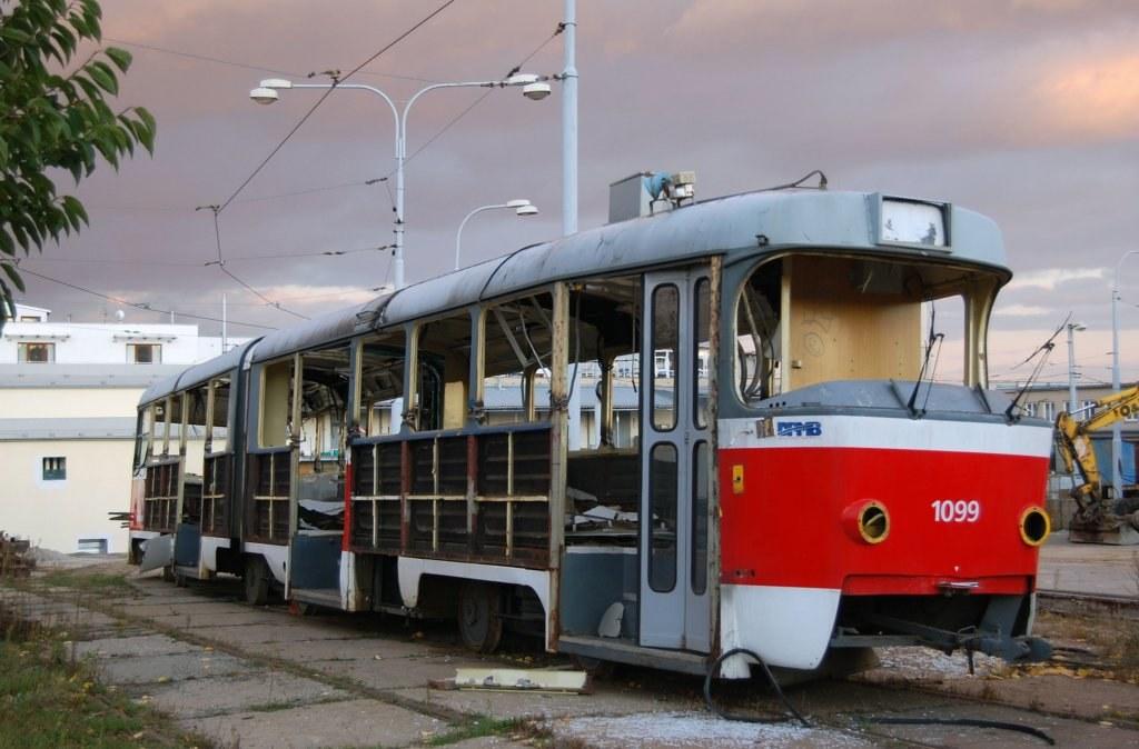 Fotogalerie » ČKD Tatra K2 1099 | Brno | vozovna Medlánky