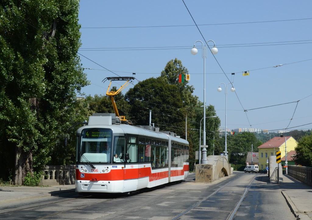 Fotogalerie » Pragoimex VarioLF2R.E 1106   Brno   Husovice   Valchařská