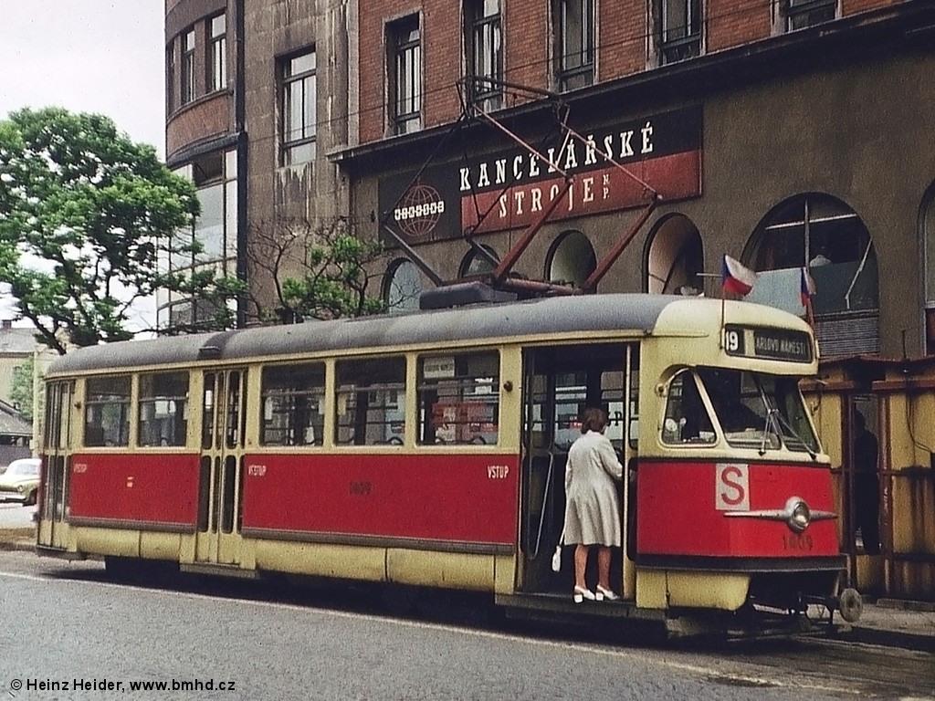 Fotogalerie » Tatra T2 1409 | Brno | střed | Benešova | Malinovského náměstí