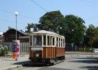 Historická tramvaj 107 přijíždí do smyčky Nové sady