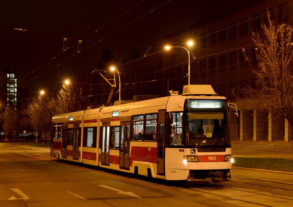Fotogalerie » ČKD DS RT6N1 1803 | Brno | Veveří | Kounicova