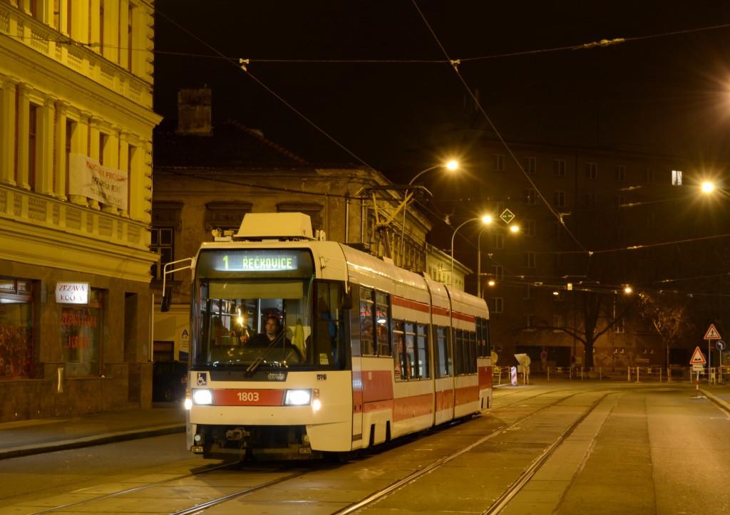 Fotogalerie » ČKD DS RT6N1 1803 | Brno | střed | Hybešova