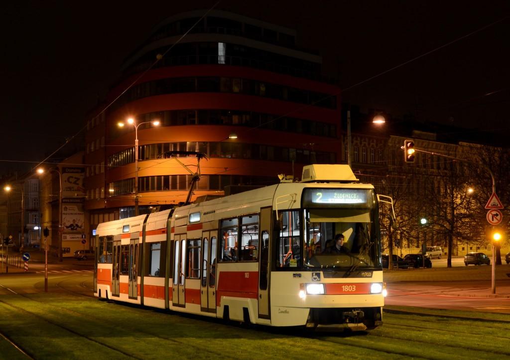 Fotogalerie » ČKD DS RT6N1 1803 | Brno | střed | Nádražní
