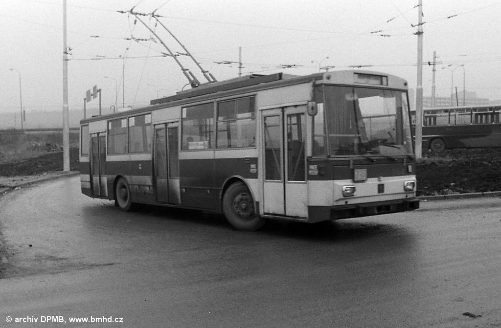 Fotogalerie » Škoda 14Tr0 3164 | Brno | Starý Lískovec | Labská | Labská, smyčka