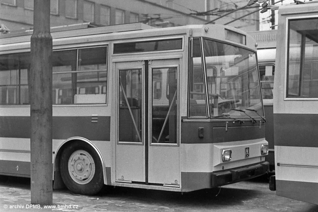 Fotogalerie » Škoda 14Tr0 .   Brno   Husovice   vozovna Husovice