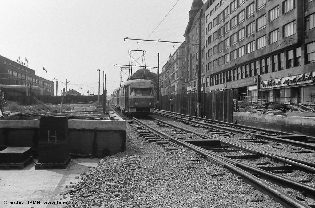 Fotogalerie » Tatra T2 1484 | Brno | střed | Nádražní | Hlavní nádraží