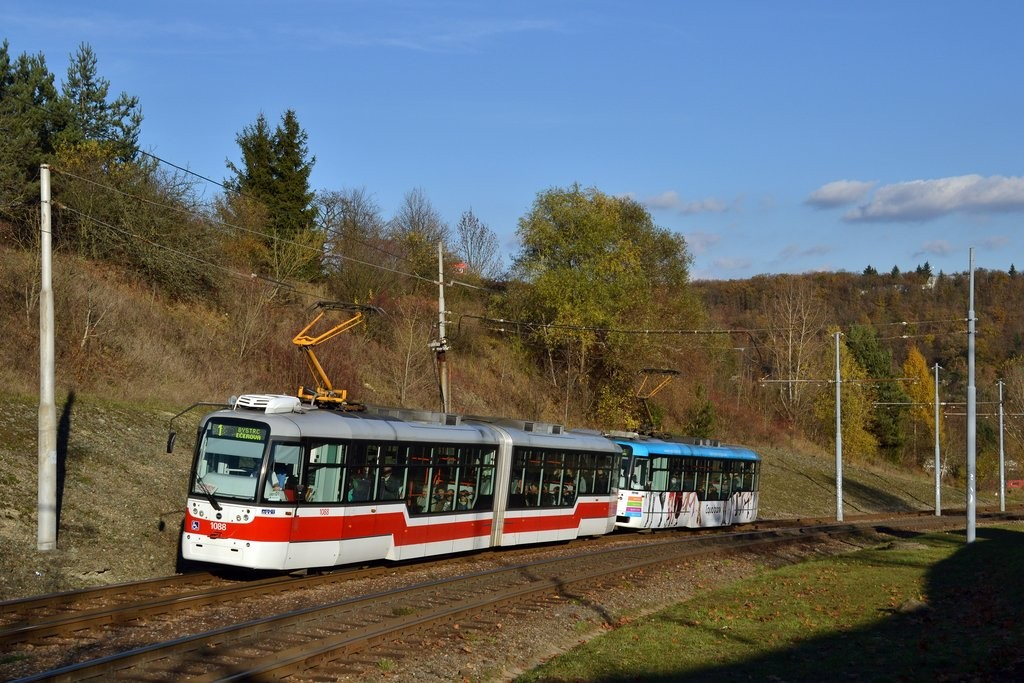 Fotogalerie » Pragoimex VarioLF2R.E 1088 | Pragoimex VarioLFR.E 1556 | Brno | Bystrc