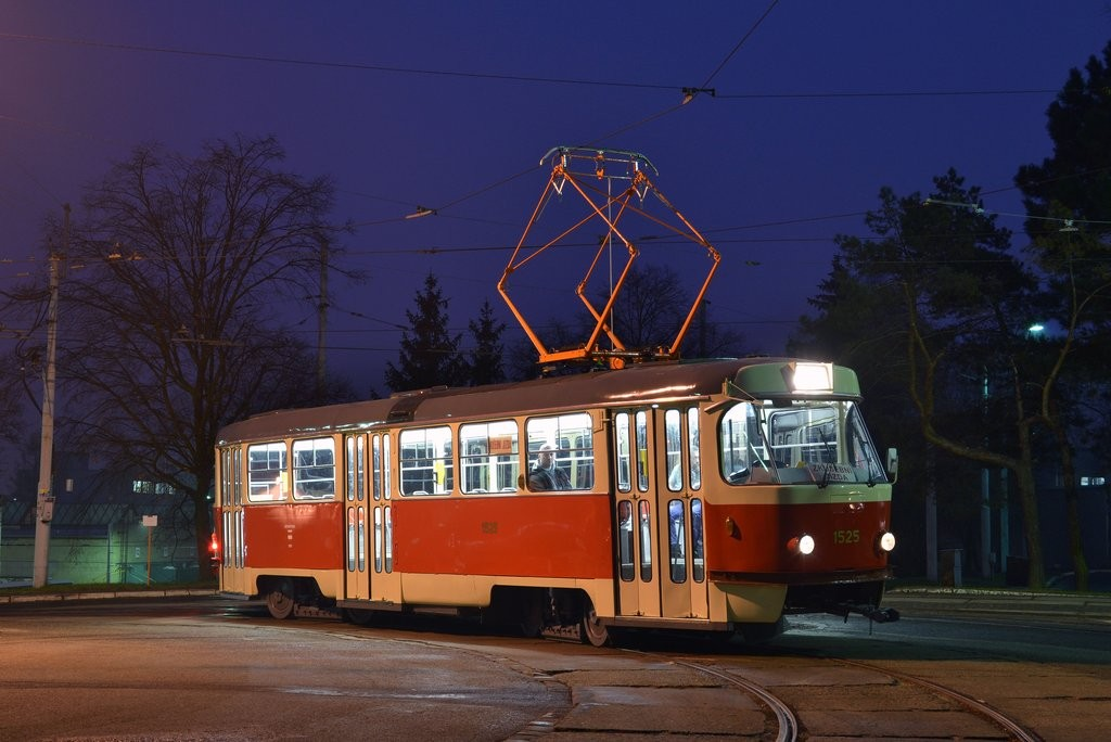 Fotogalerie » ČKD Tatra T3 1525 | Brno | vozovna Medlánky