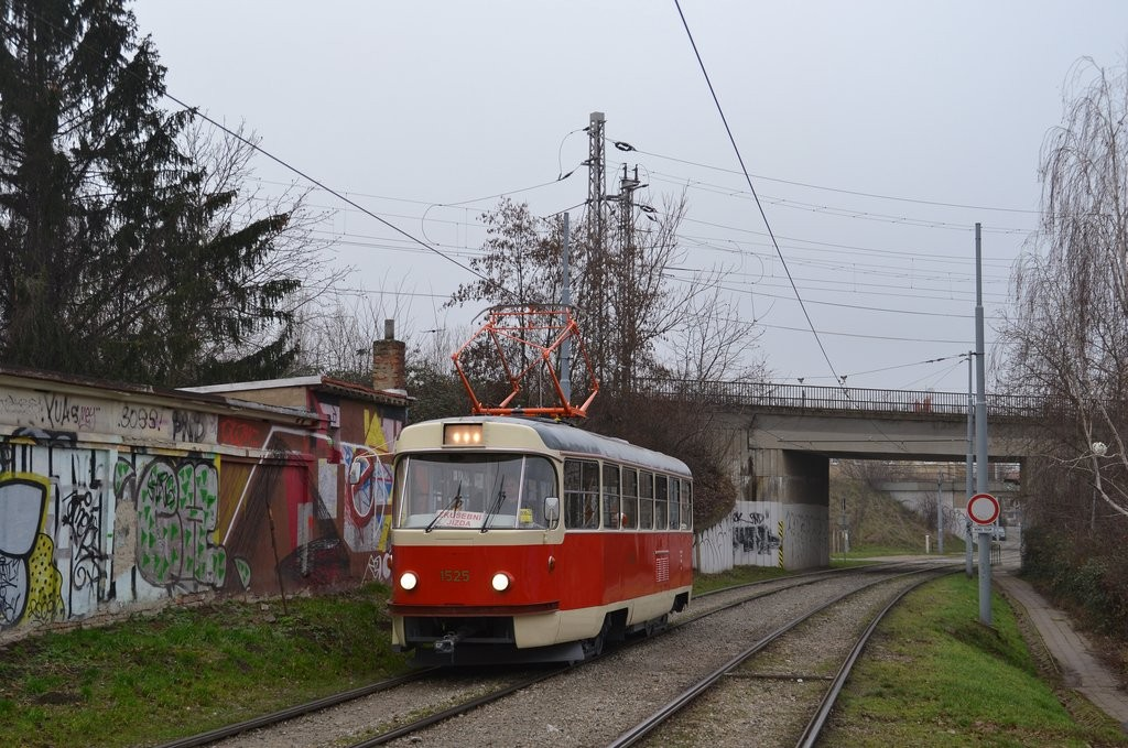 Fotogalerie » ČKD Tatra T3 1525 | Brno | Židenice | Nezamyslova