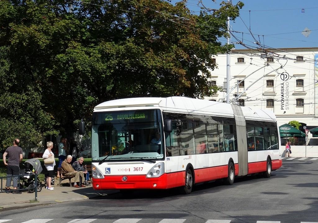Fotogalerie » Škoda 25Tr Citelis 1B 3617 | Brno | Staré Brno | Mendlovo náměstí | Mendlovo náměstí