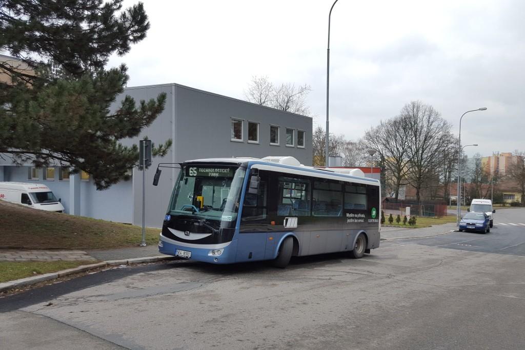 Fotogalerie » SOR EBN 8 5E4 8103 2717 | Brno | Řečkovice | Kárníkova | Řečkovice, hřbitov