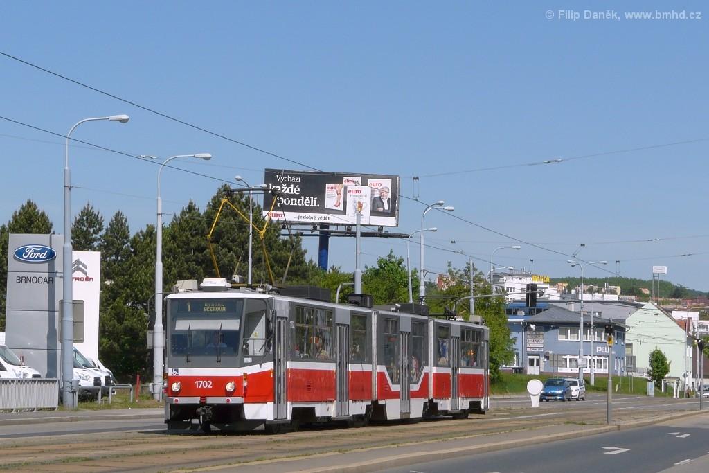 Fotogalerie » ČKD Tatra KT8D5R.N2 1702 | Brno | Medlánky | Palackého třída