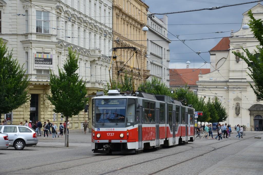 Fotogalerie » ČKD Tatra KT8D5R.N2 1737 | Brno | střed | Joštova | Česká