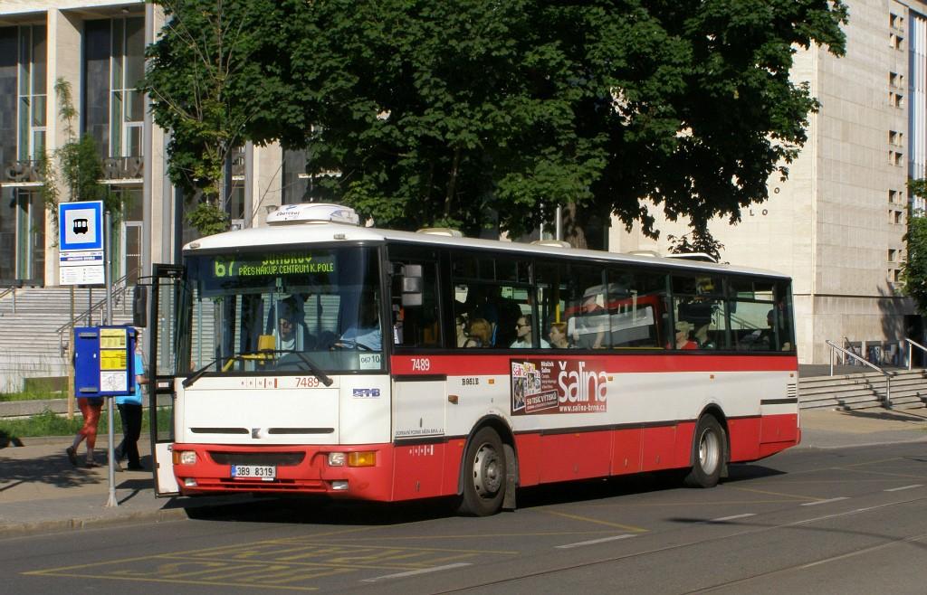 Fotogalerie » Karosa B951E.1713 3B9 8319 7489 | Brno | střed | Rooseveltova | Janáčkovo divadlo