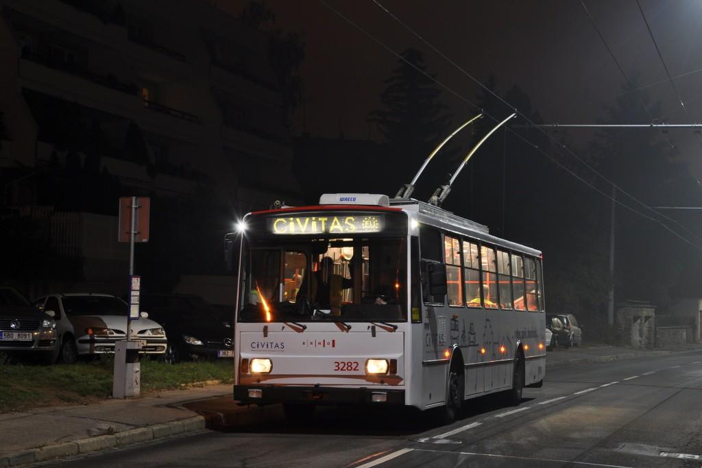 Fotogalerie » Škoda 14Tr17/6M 3282 | Brno | Masarykova čtvrť | Preslova | Marie Pujmanové