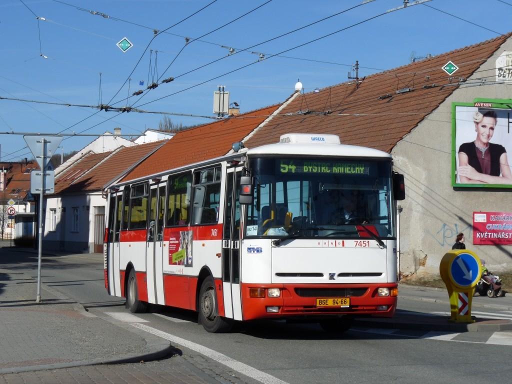 Fotogalerie » Karosa B931E.1707 BSE 94-66 7451 | Brno | Bystrc | náměstí 28. dubna