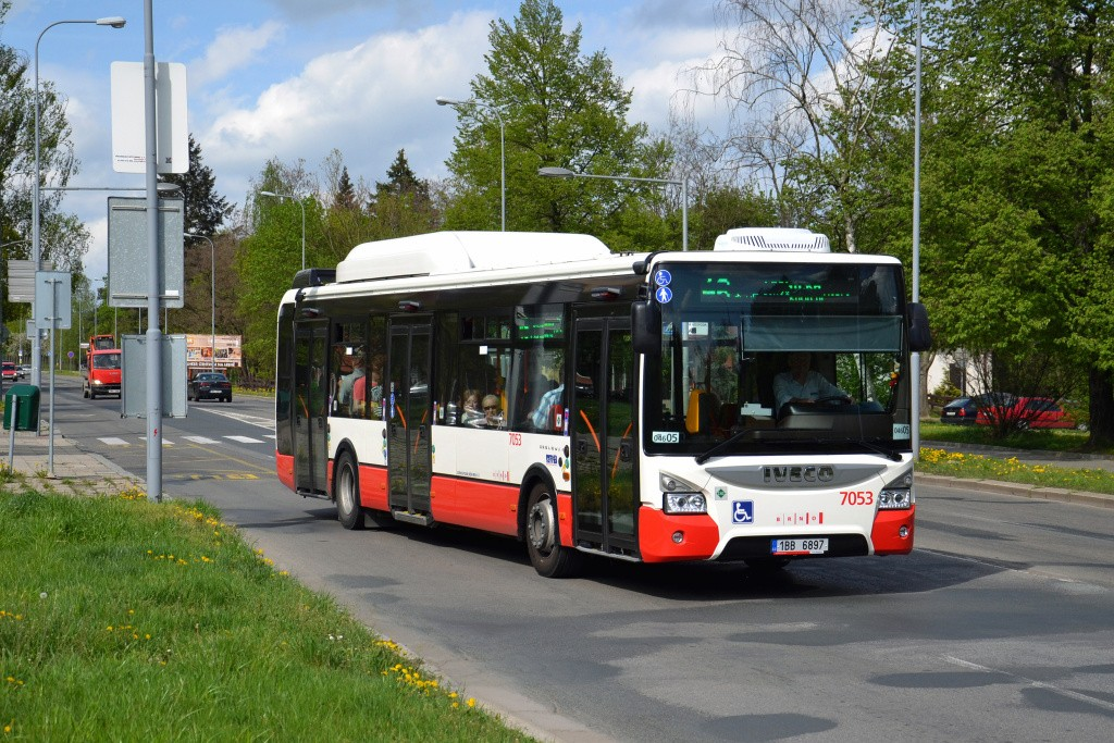 Fotogalerie » Iveco Urbanway 12M CNG 1BB 6897 7053 | Brno | Lesná | Seifertova | Heleny Malířové