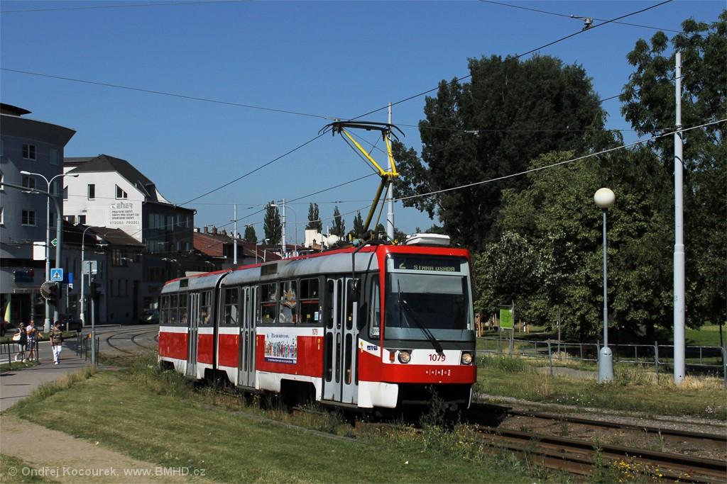 Fotogalerie » ČKD Tatra K2R03 1079   Brno   Židenice   Bubeníčkova