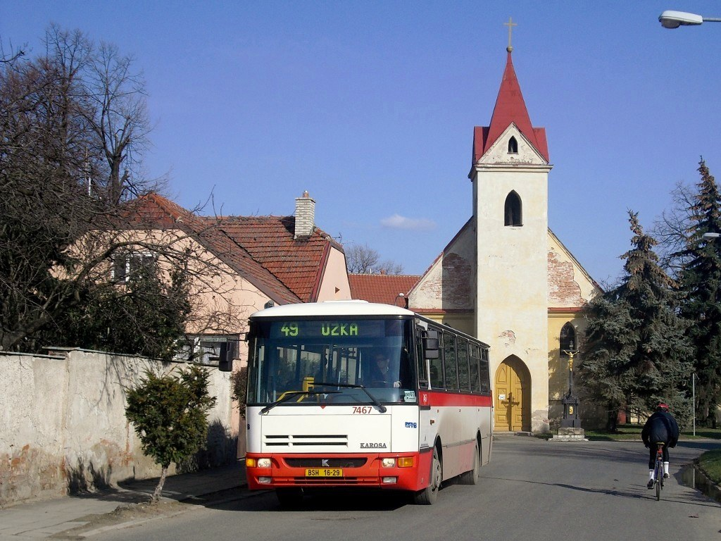 Fotogalerie » Karosa B931E.1707 7467 | Brno | Přízřenice | Staré náměstí | Přízřenice, smyčka