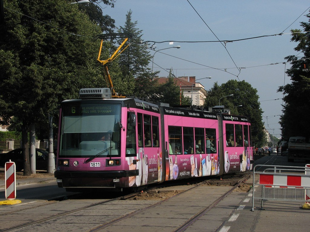 Fotogalerie » Škoda 03T6 1811 | Brno | Královo Pole | Palackého třída | Kartouzská
