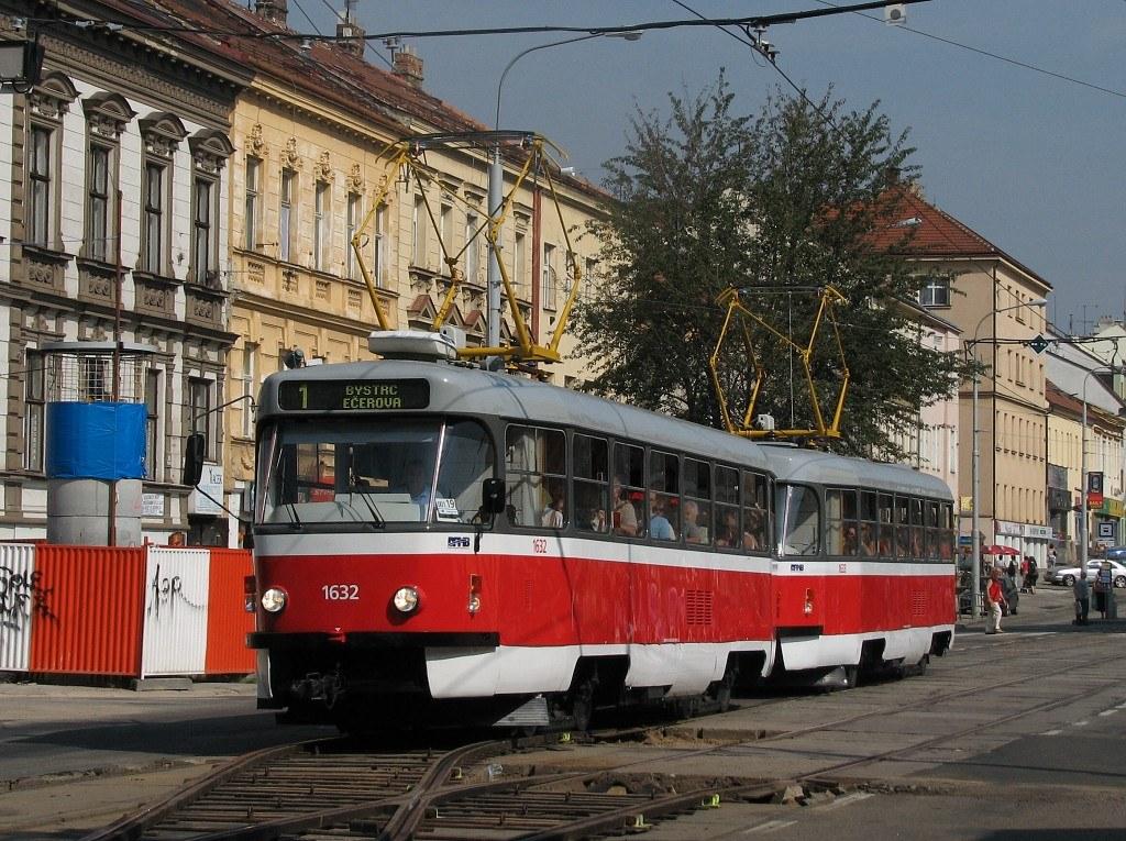 Fotogalerie » ČKD Tatra T3P 1632 | ČKD Tatra T3P 1633 | Brno | Královo Pole | Palackého třída | Jungmannova