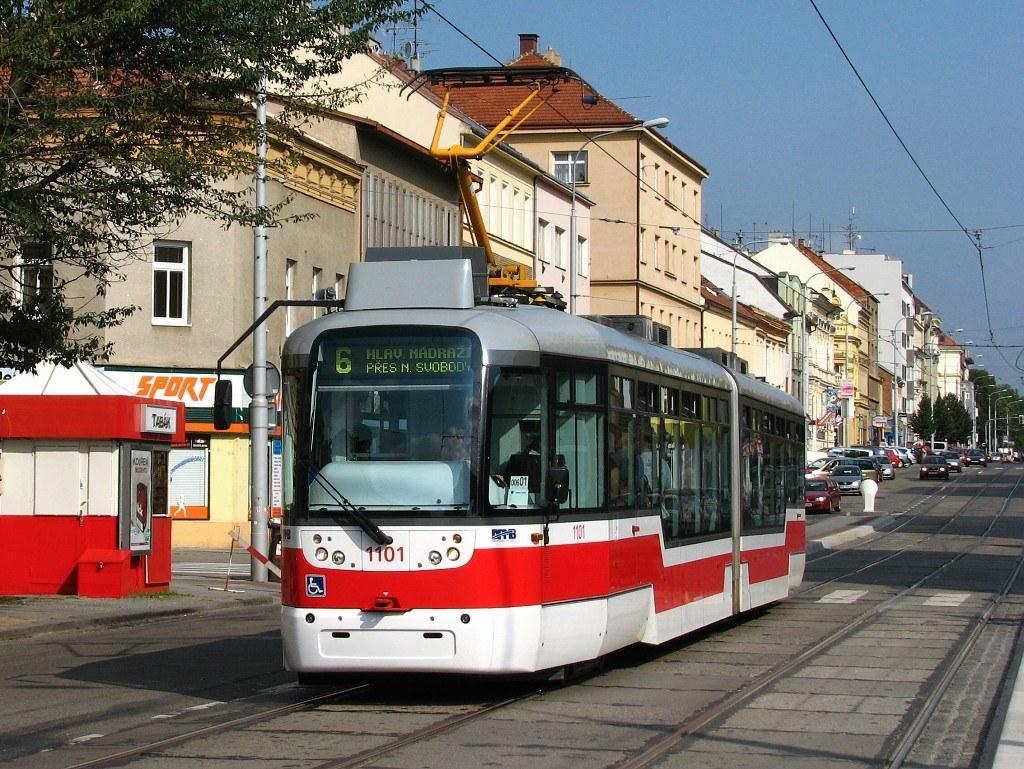 Fotogalerie » Pragoimex VarioLF2R.E 1101   Brno   Královo Pole   Palackého třída   Jungmannova