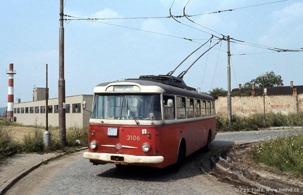 Fotogalerie » Škoda 9Tr20 3106   Brno   Slatina   Drážní   Slatina, nádraží, smyčka