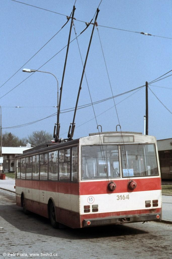 Fotogalerie » Škoda 14Tr0 3164 | Brno | Kohoutovice | Libušina třída | Jírovcova
