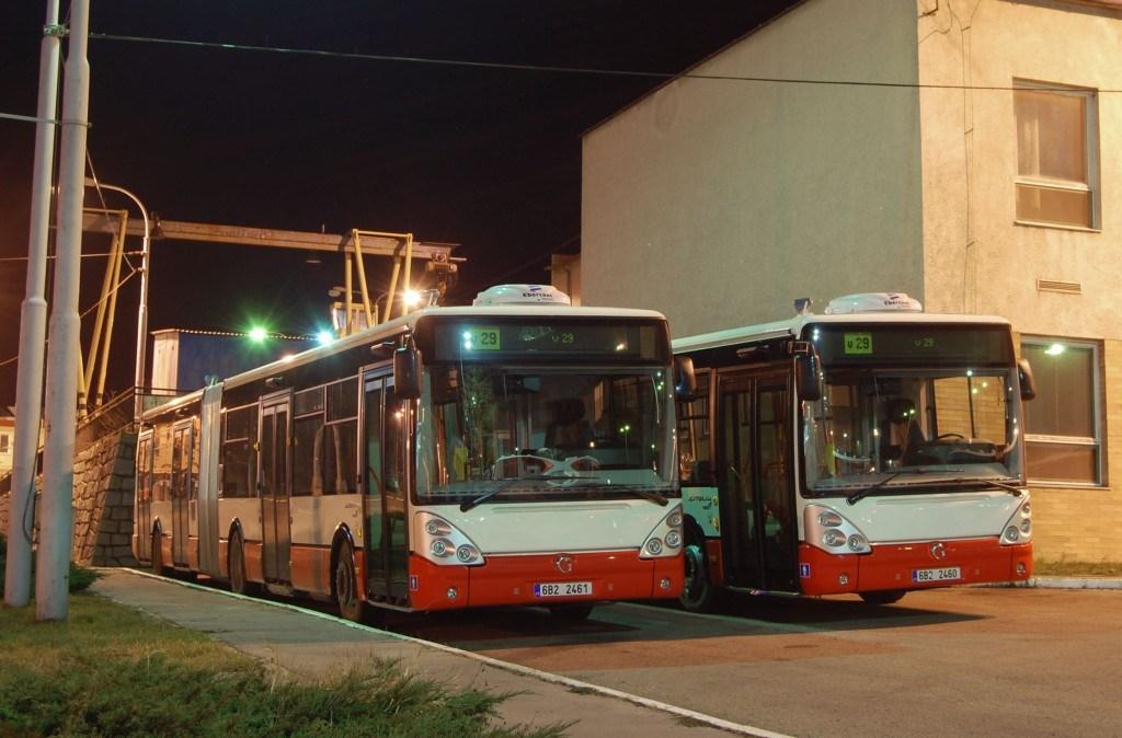 Fotogalerie » Irisbus Citelis 18M 2617 | Irisbus Citelis 18M 2618 | Brno | vozovna Medlánky
