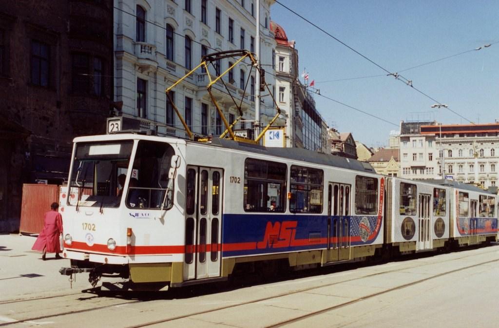 Fotogalerie » ČKD Tatra KT8D5 1702 | Brno | střed | náměstí Svobody | Náměstí Svobody