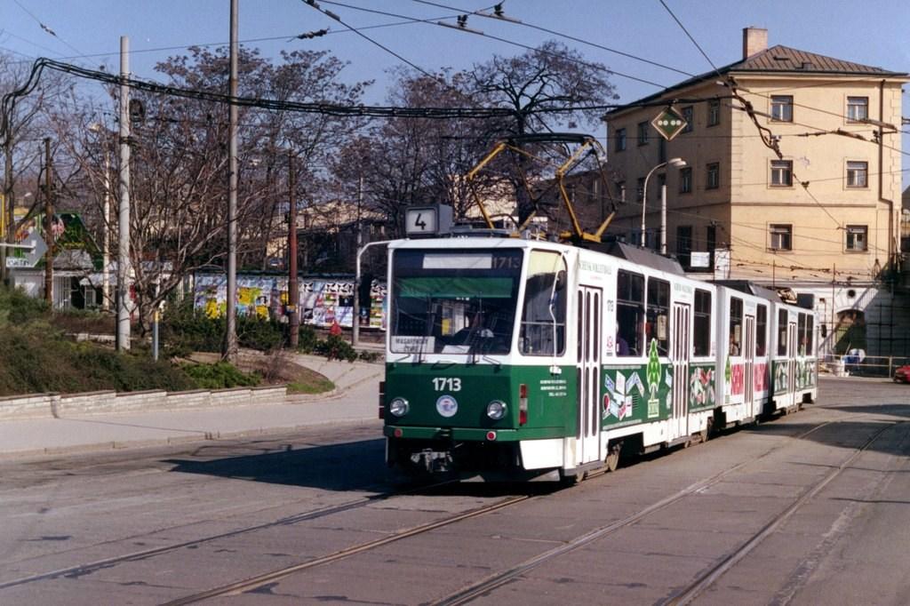 Fotogalerie » ČKD Tatra KT8D5 1713 | Brno | střed | Nádražní