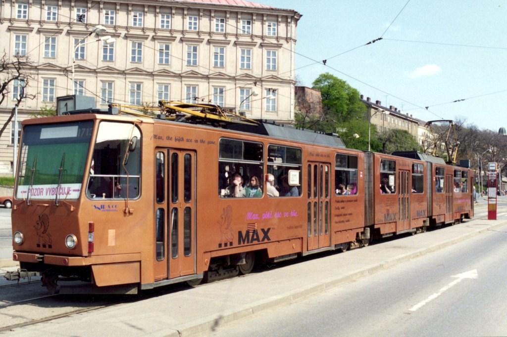 Fotogalerie » ČKD Tatra KT8D5 1713 | Brno | střed | Nové sady | Nové sady