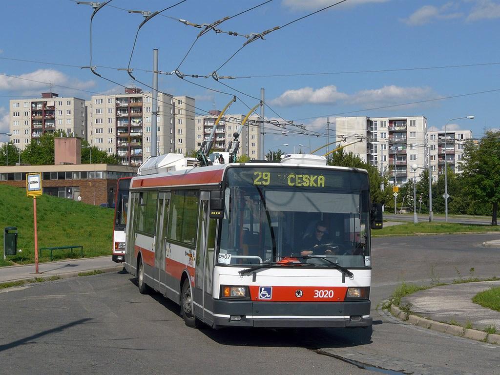 Fotogalerie » Škoda 21Tr 3020   Brno   Starý Lískovec   Osová   Osová, smyčka