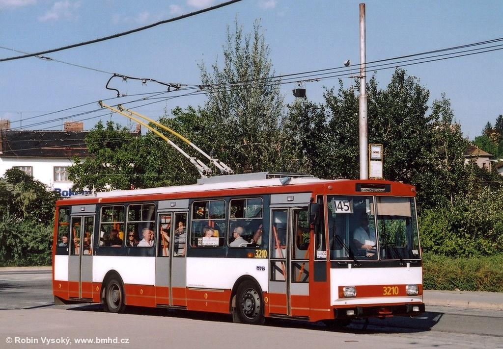 Fotogalerie » Škoda 14Tr08/6 3210   Brno   Židenice   Stará Osada