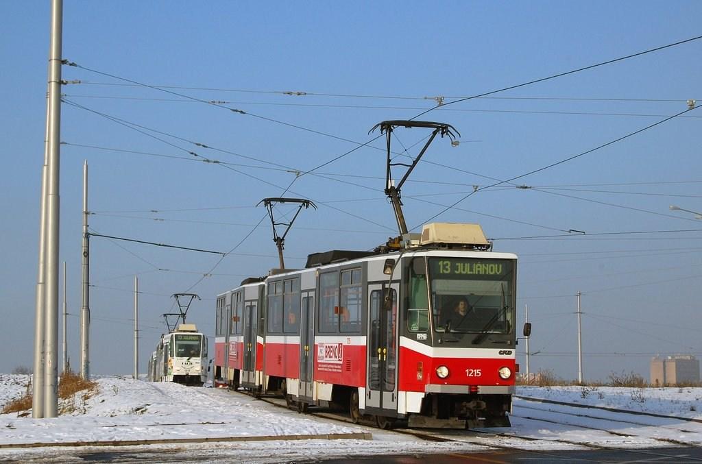 Fotogalerie » ČKD DS T6A5 1215 | ČKD DS T6A5 1216 | Brno | Medlánky | Purkyňova | Technologický park, smyčka