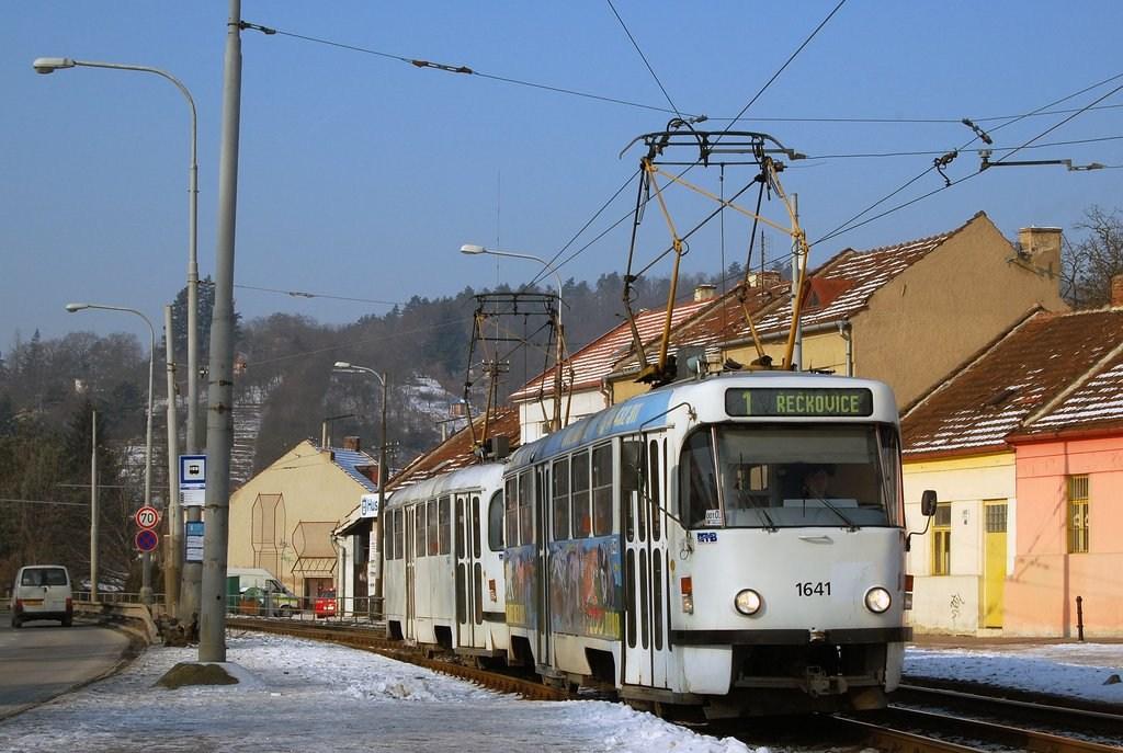 Fotogalerie » ČKD Tatra T3G 1641 | ČKD Tatra T3G 1642 | Brno | Komín | Kníničská