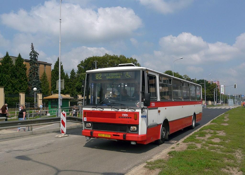 Fotogalerie » Karosa B732 pro invalidy 7355 | Brno | Štýřice | Vídeňská | Ústřední hřbitov
