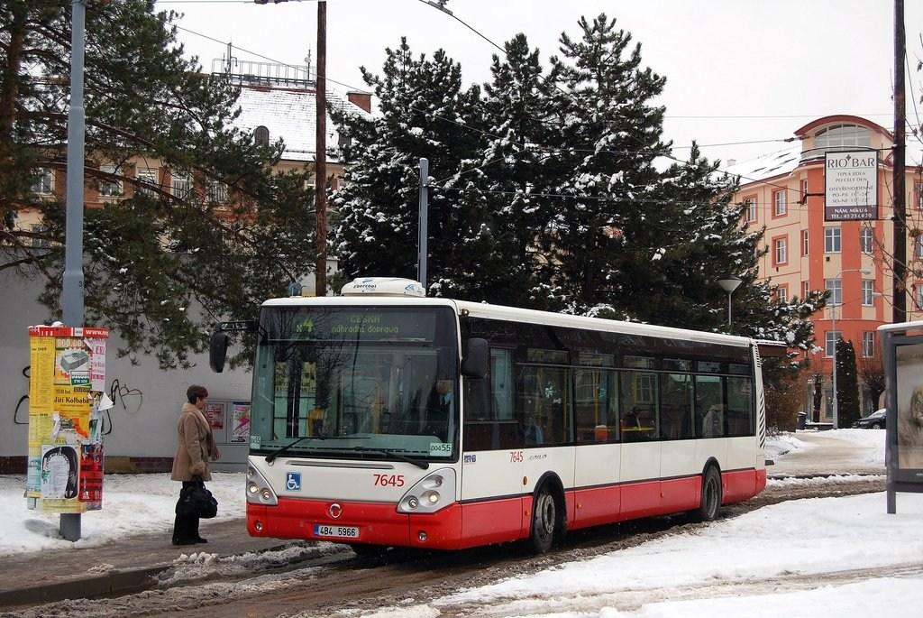 Fotogalerie » Irisbus Citelis 12M 7645 | Brno | Masarykova čtvrť | Náměstí míru | Náměstí Míru, smyčka
