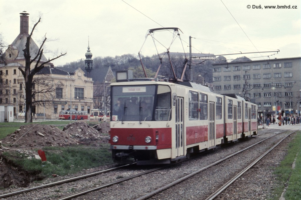 Fotogalerie » ČKD Tatra KT8D5 1711 | Brno | Staré Brno | Veletržní