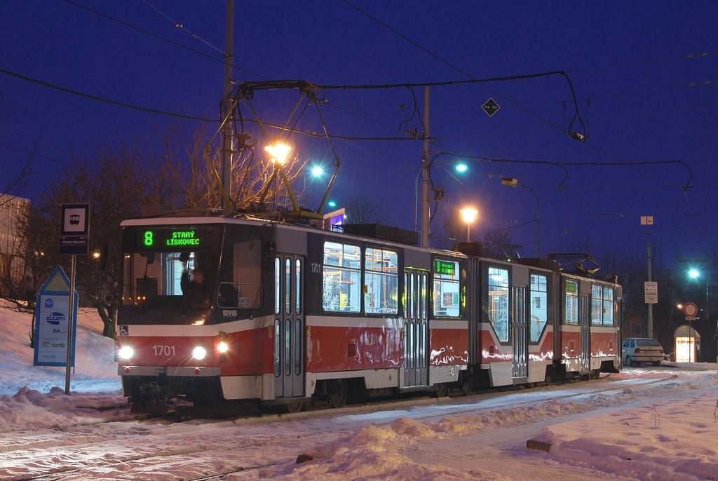 Fotogalerie » KT8D5R.N2 1701 | Brno | Medlánky | Hudcova | Vozovna Medlánky