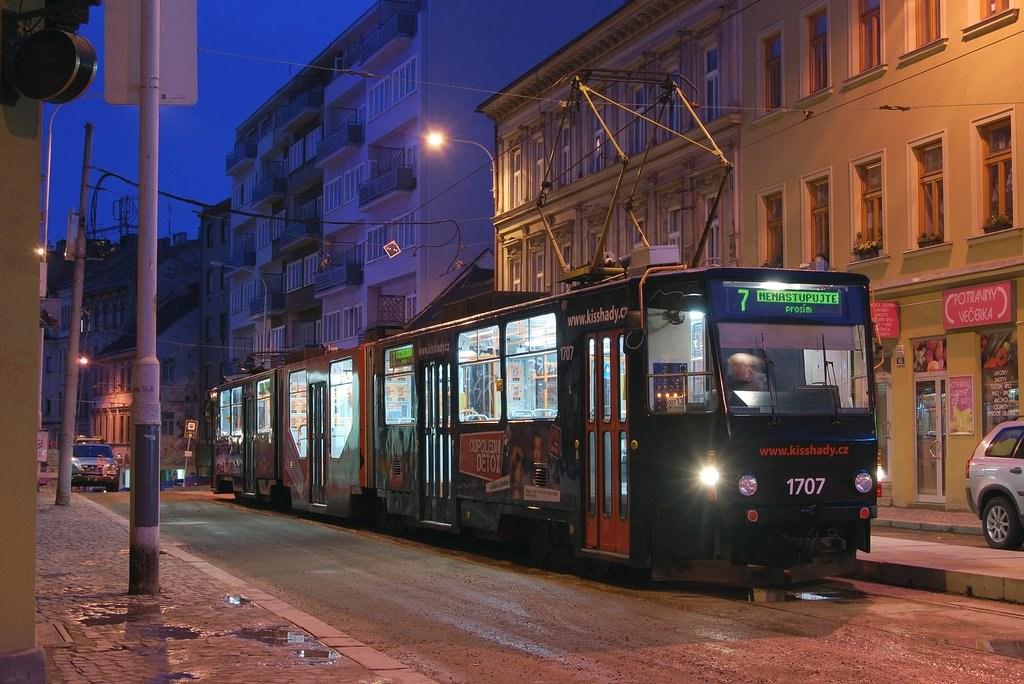 Fotogalerie » KT8D5R.N2 1707 | Brno | Staré Brno | Pekařská | Šilingrovo náměstí