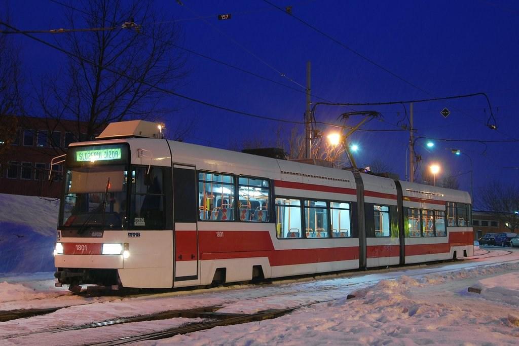 Fotogalerie » RT6N1 1801 | Brno | Medlánky | Hudcova | Vozovna Medlánky